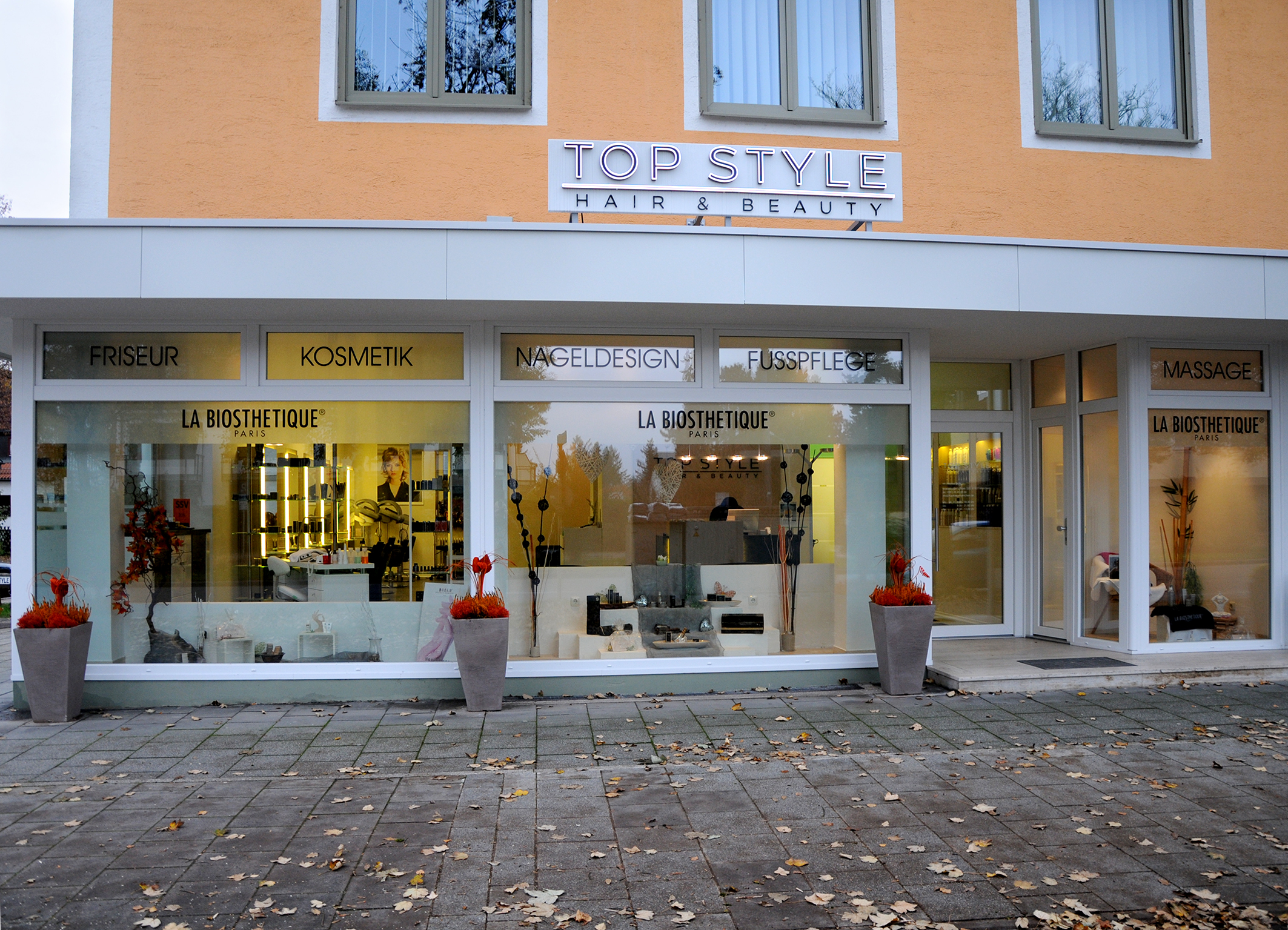 top style hair beauty m nchen kontakt. Black Bedroom Furniture Sets. Home Design Ideas